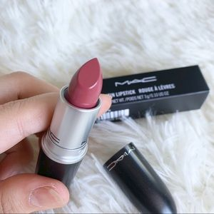 MAC SATIN LIPSTICK (0708)